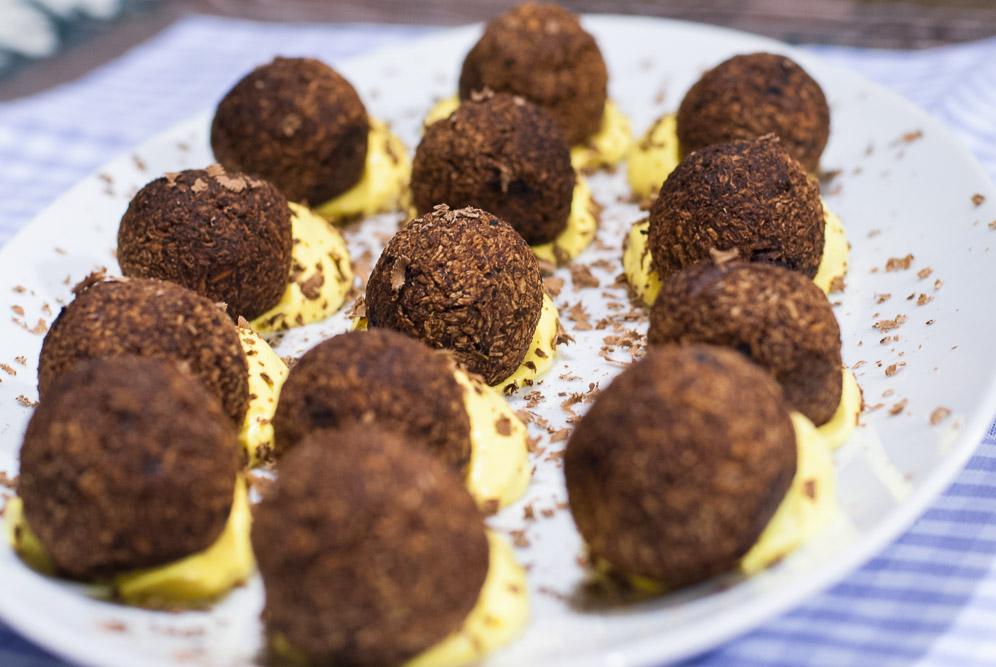 come fare truffle crudisti con crema chantilly