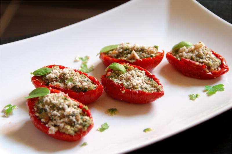 Pomodori secchi ripieni alla siciliana